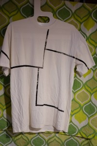 tshirt black line small